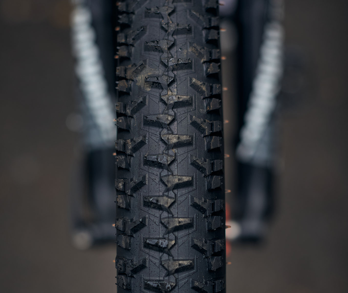 mountain-bike-tire-hutchinson-python-3